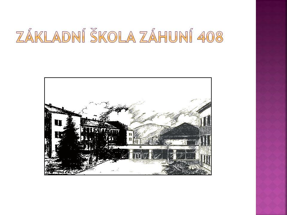  ZŠ Záhuní je pokračováním bývalé ZŠ v Horní ulici, známé také pod pojmem,, chlapecká škola,,, která se nacházela v budově dnešního městského muzea.