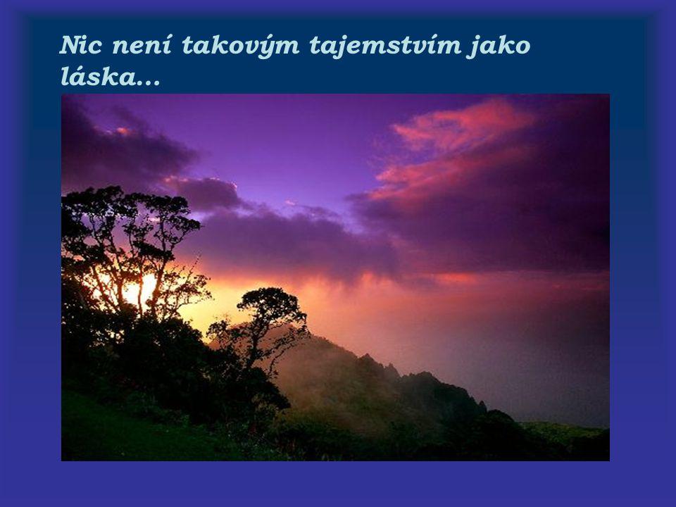 O radost se člověk dělí,zatímco smutek nosí sám…