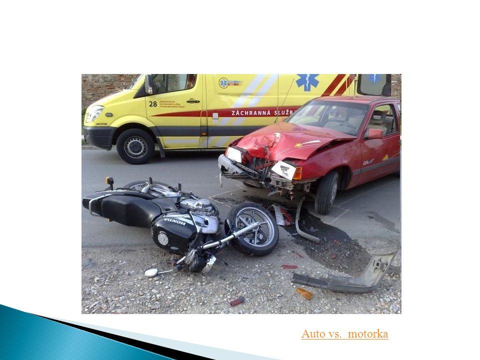 Auto vs. motorka