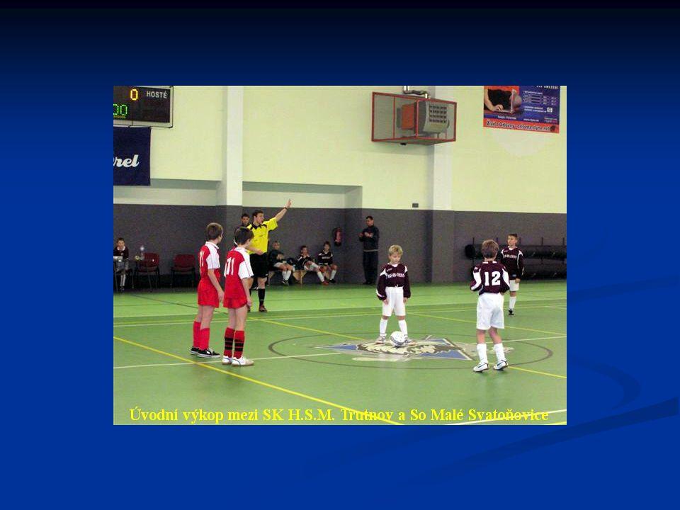 Konečné pořadí turnaje : 1. FK Náchod 16 : 0 18 bodů 2.
