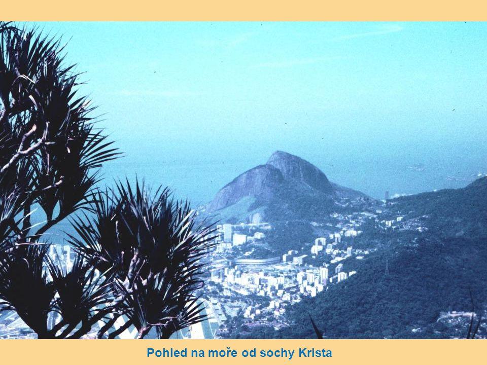 "Pohled na dominantu Rio de Janeira – ""Cukrová homole"" a Corcovado"