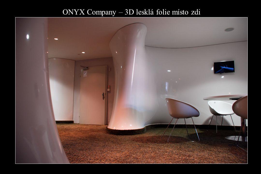 ONYX Company – 3D lesklá folie místo zdi