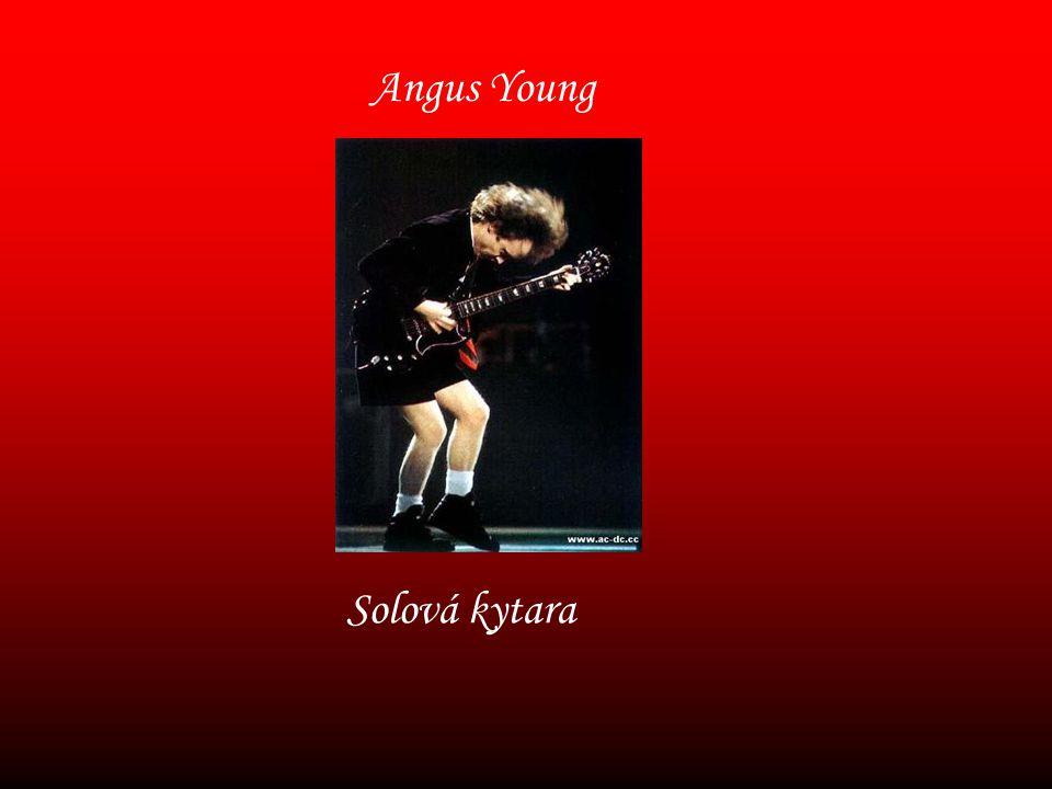 Angus Young Solová kytara
