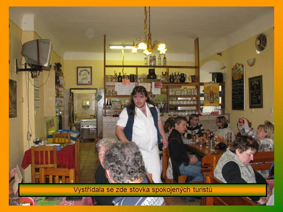 Tradiční vepřové hody – jelítka a jitrničky moc chutnaly