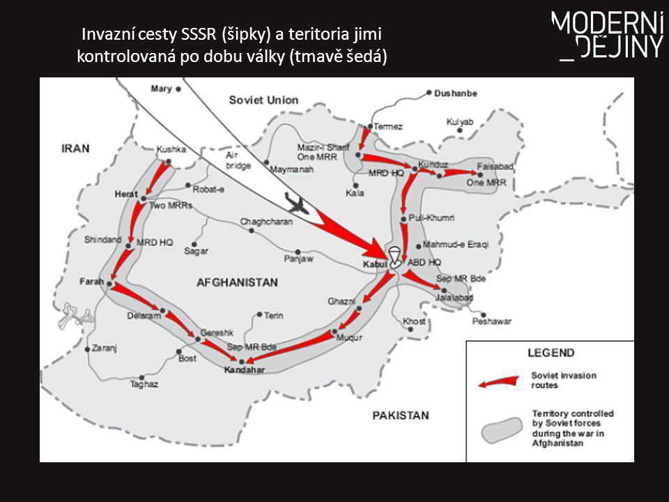 Invazní cesty SSSR (šipky) a teritoria jimi kontrolovaná po dobu války (tmavě šedá)