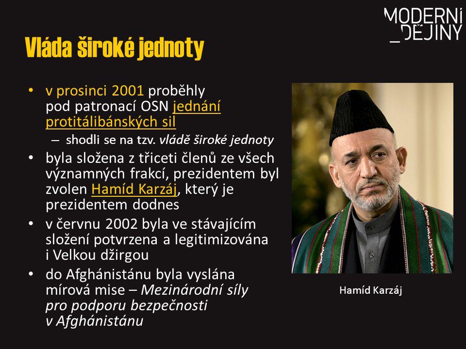 Vláda široké jednoty v prosinci 2001 proběhly pod patronací OSN jednání protitálibánských sil – shodli se na tzv. vládě široké jednoty byla složena z