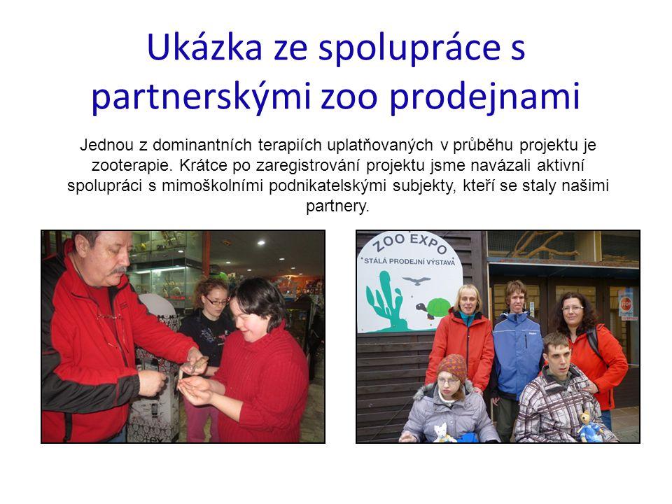 Ukázka ze spolupráce s partnerskými zoo prodejnami Jednou z dominantních terapiích uplatňovaných v průběhu projektu je zooterapie. Krátce po zaregistr