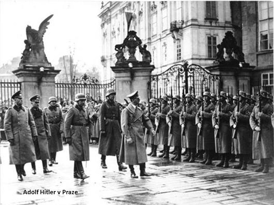 Adolf Hitler v Praze