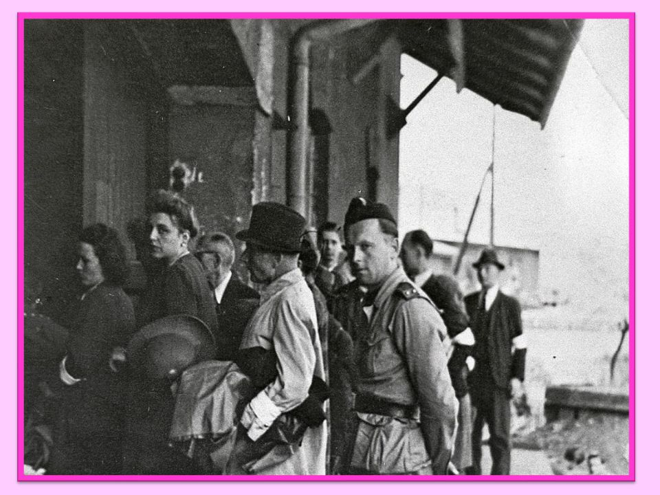 Mírový život po válce po válce Československo demokratický stát se všemi svobodami odstoupení Podkarpatské Rusi – připojení k Sovětskému svazu odsun n