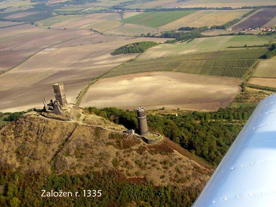 Z ř ícenina hradu Hazmburk u Libochovic 418m n.m.