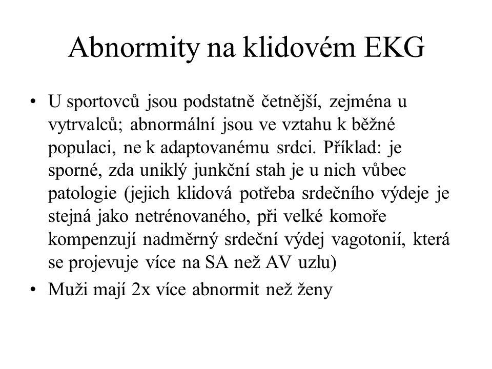 Abnormity na klidovém EKG U sportovců jsou podstatně četnější, zejména u vytrvalců; abnormální jsou ve vztahu k běžné populaci, ne k adaptovanému srdc