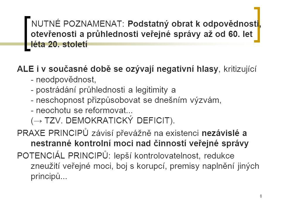 9 3.E-Government a E-Governance Nový fenomén - staví na praxi soukromého sektoru a tzv.