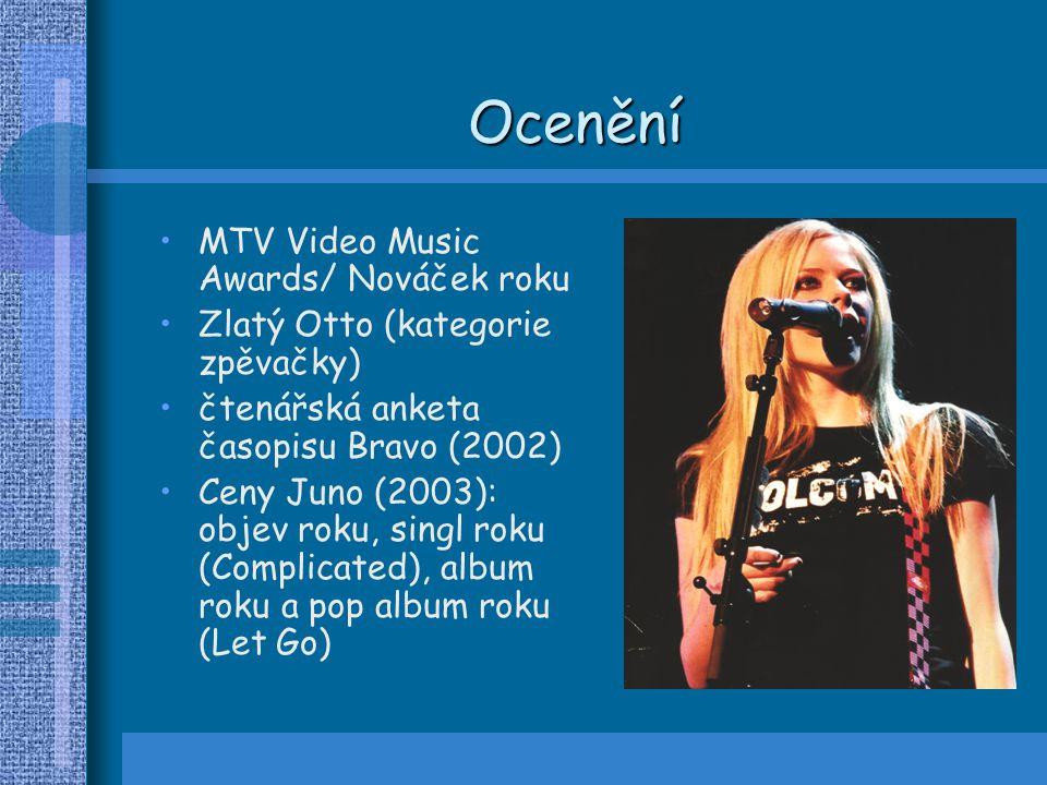Ocenění MTV Video Music Awards/ Nováček roku Zlatý Otto (kategorie zpěvačky) čtenářská anketa časopisu Bravo (2002) Ceny Juno (2003): objev roku, sing