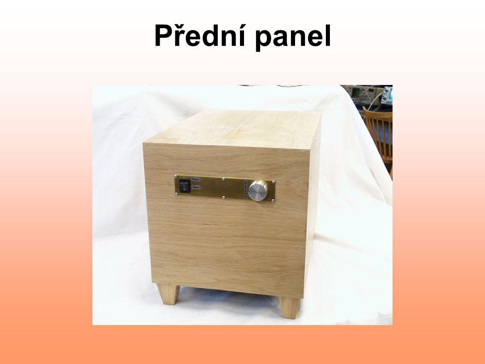 Přední panel