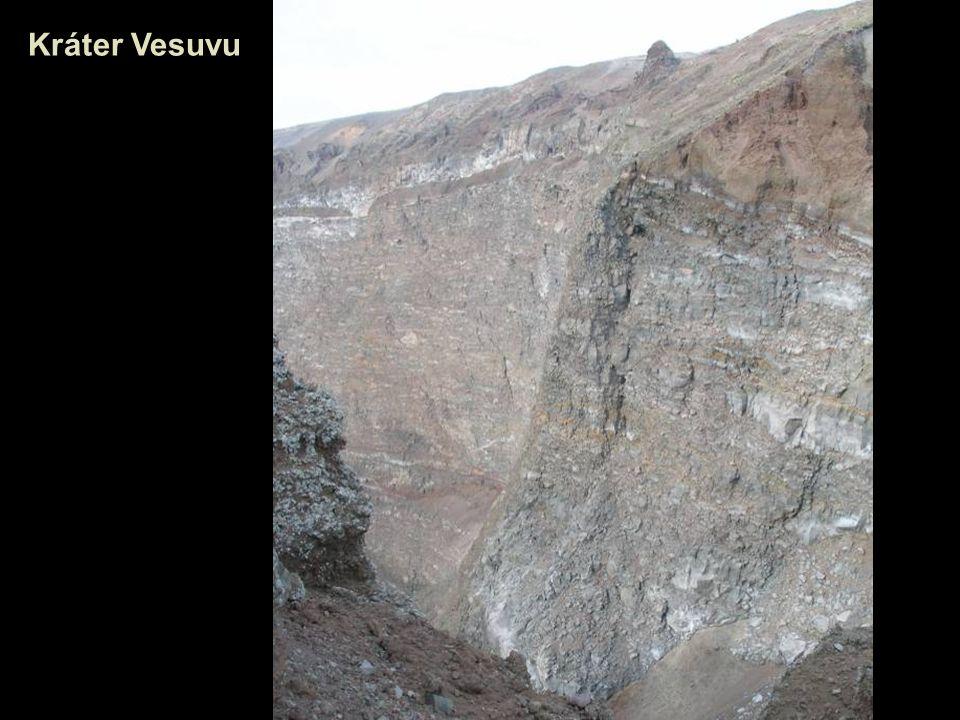 Kráter Vesuvu