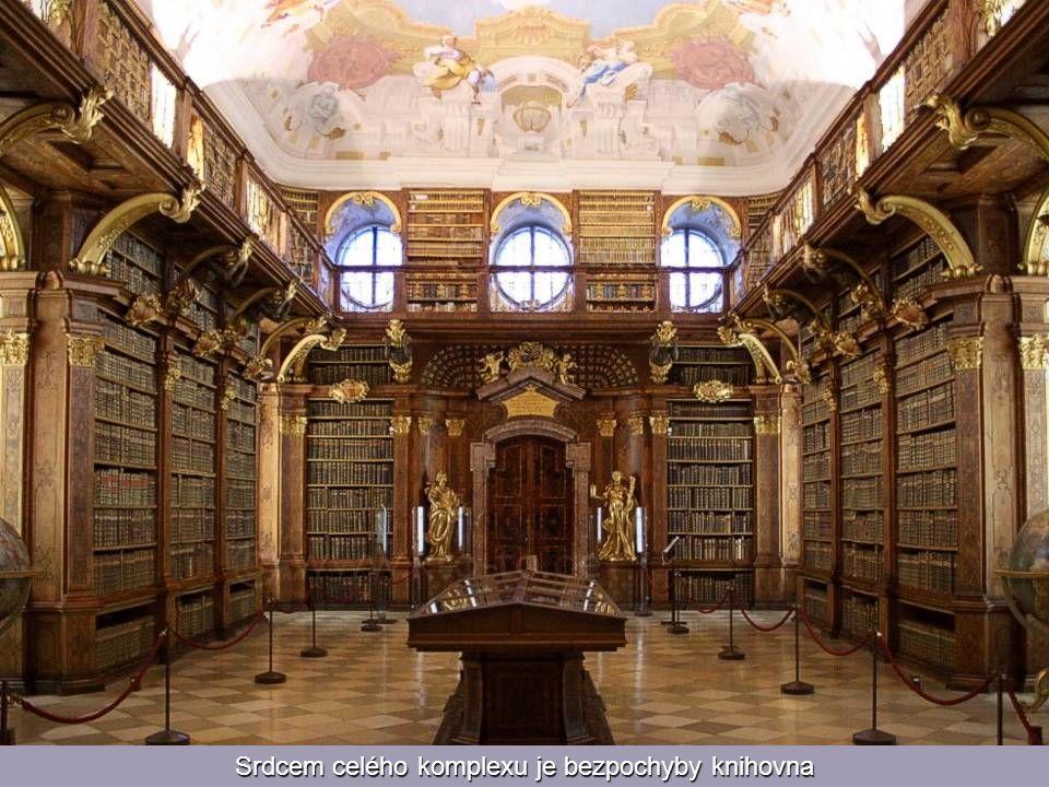 Srdcem celého komplexu je bezpochyby knihovna