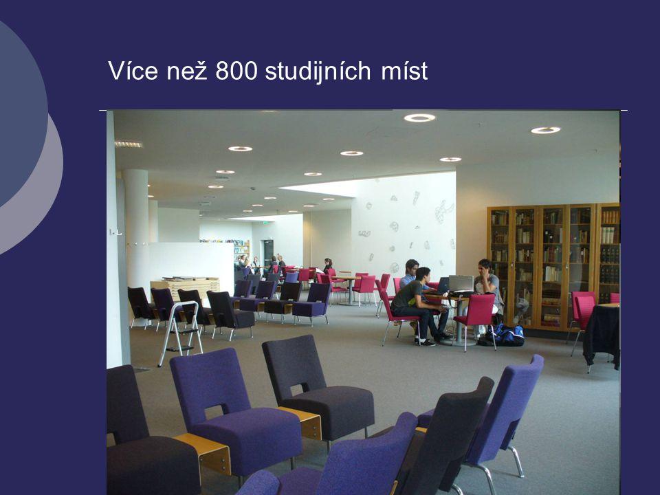 Více než 800 studijních míst