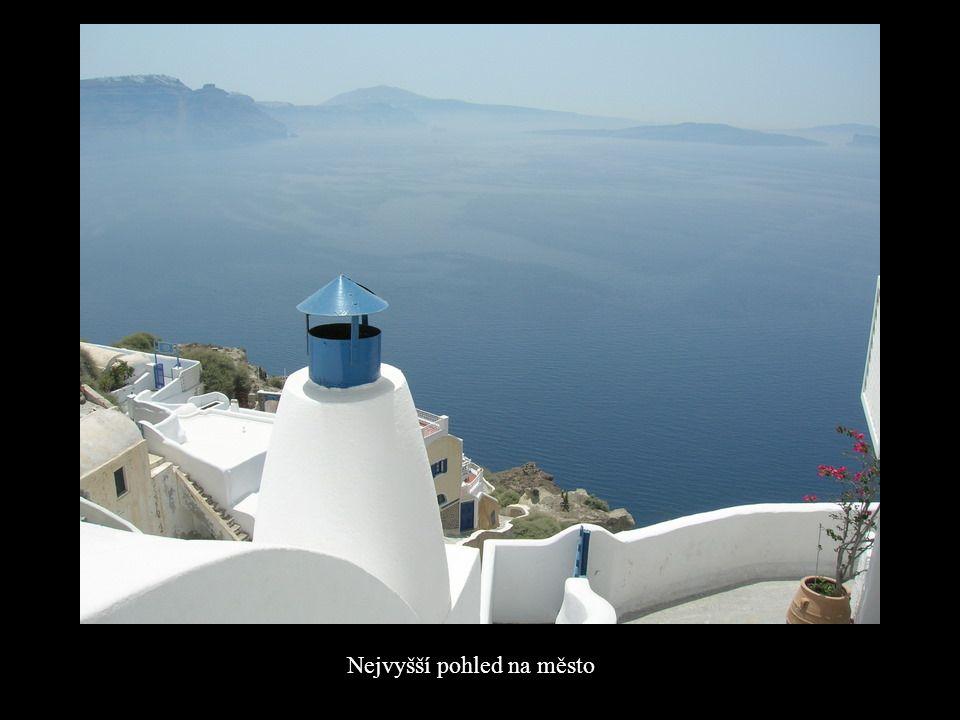 IA je nejvyšším bodem v Egejském moři.