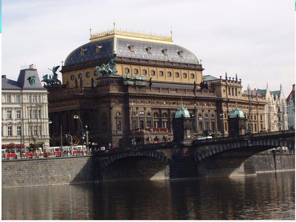 Ta naše opera Č eská Národní divadlo  Je neodmyslitelně spjato s českou hudbou a operou.