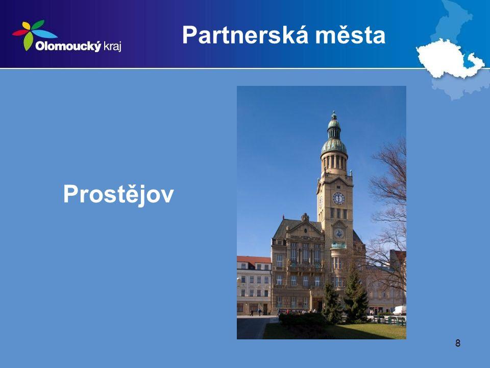 9 Další partneři  Olomoucké krajské sdružení ČSTV  Univerzita Palackého v Olomouci  Fakulta tělesné kultury