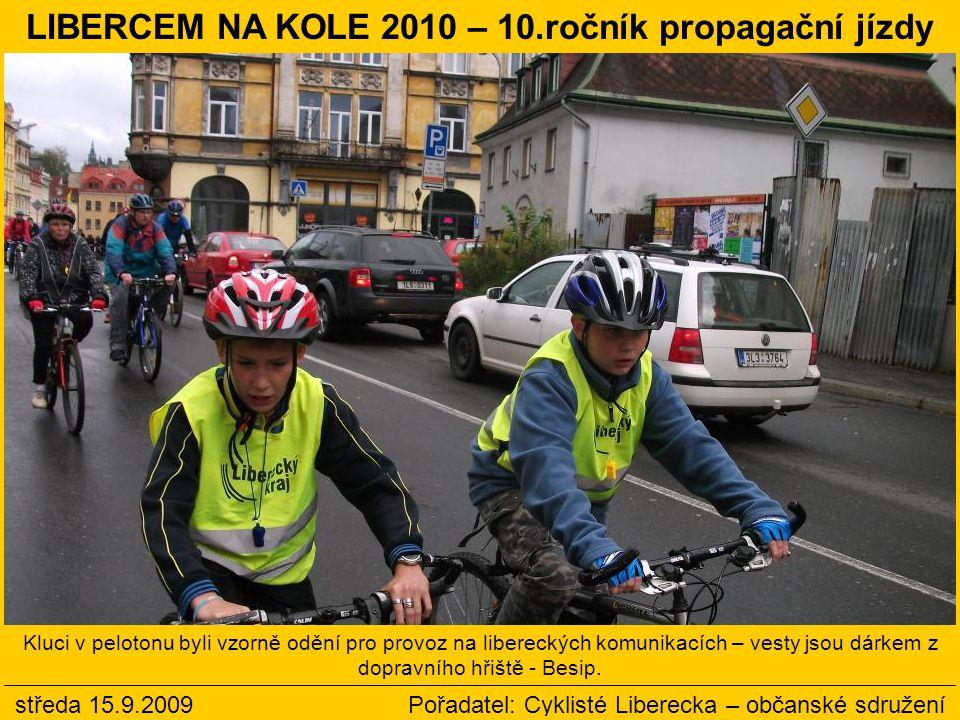 Odpoledne s Cyklisty Liberecka pokračovalo po cyklojízdě losováním výherců a diskusemi na cyklistická i necyklistická témata.