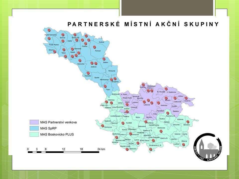 Výstupy projektu  1 nově vytvořený vlastní GIS  webové stránky (veřejná, neveřejná část)  54 map na tabulích na hřbitovech  54 tištěných map pro správce hřbitovů  12 000 knih v rozsahu á120 stran  36 000 sad letáků s mapami naučných míst  min.