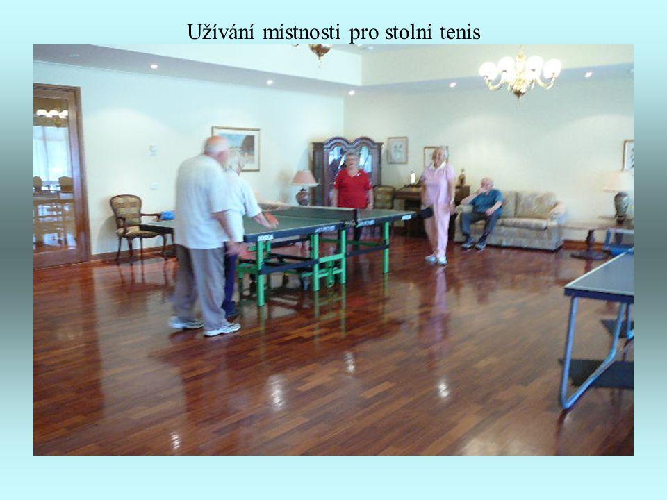 Horní hala – většinou užívána pro stolní tenis