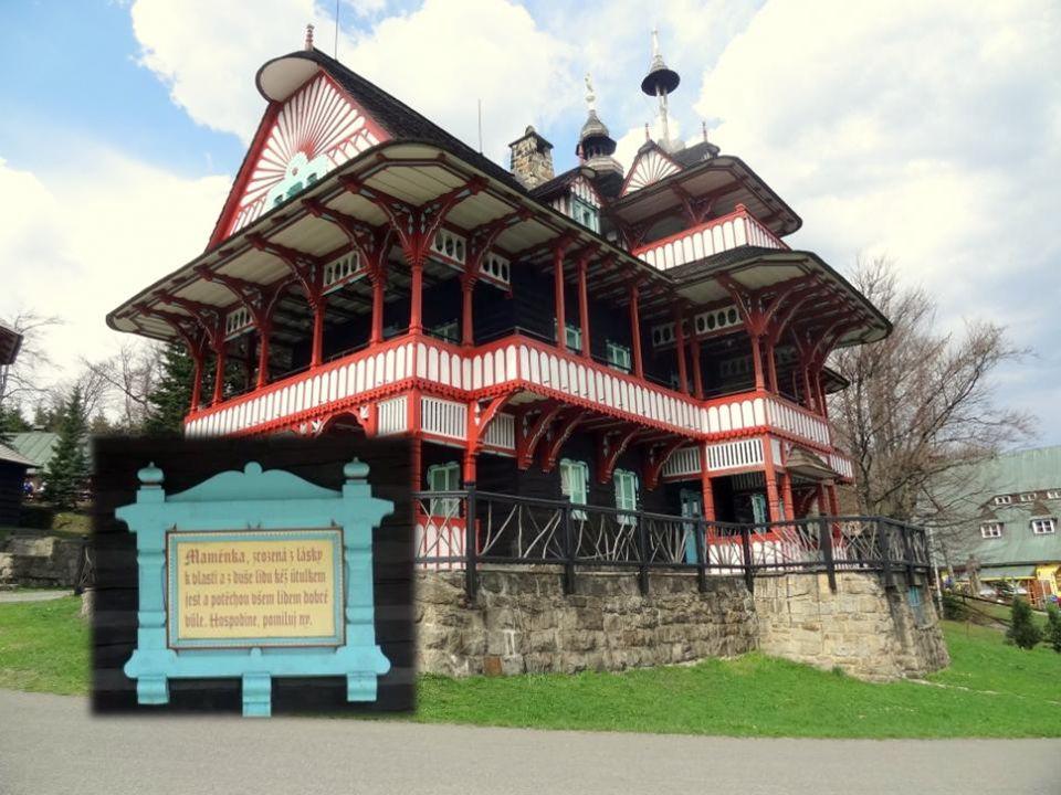Pustevny Pustevny byly pojmenovány po poustevnicích, kteří zde žili. Poslední poustevník zemřel v roce 1874. V roce 1891 Pohorská jednota Radhošť (PJR