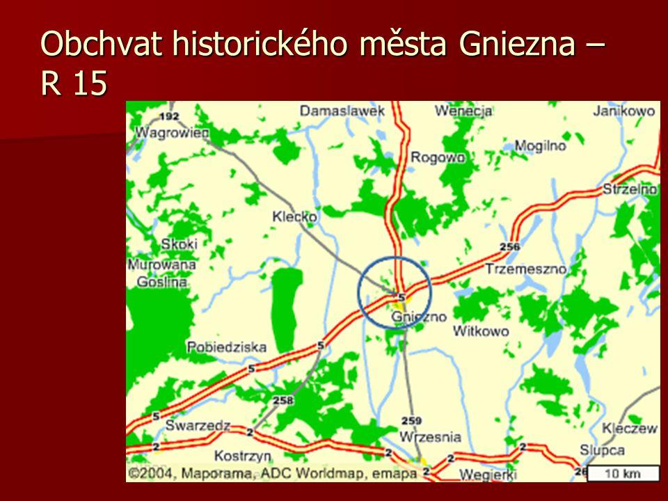 V okolí města jsou mokřady a velmi málo únosné rašelinové půdy (2-8 MPa) Zakládání konvenčními metodami téměř není možné