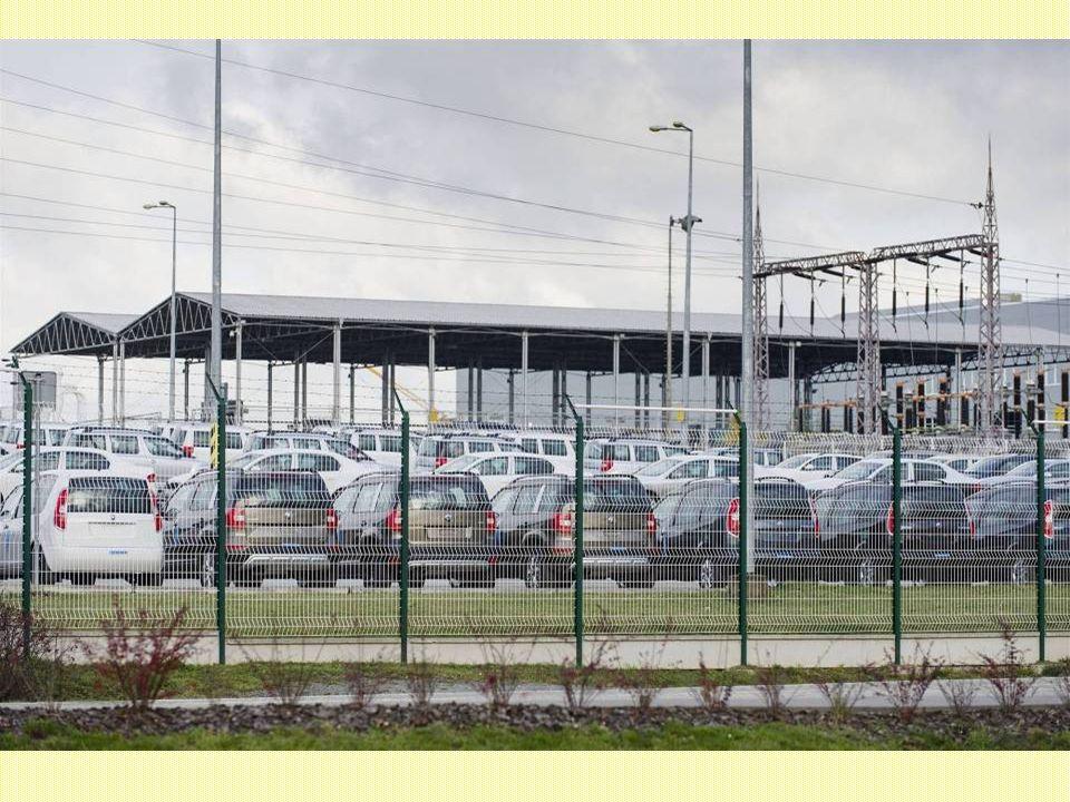 Východočeská továrna slaví jubileum 1,5 milionu vyrobených vozidel. Jubilejním autem vyrobeným v Kvasinách se stal Superb