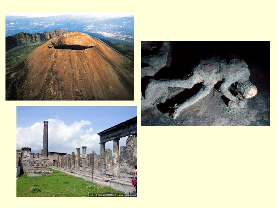 ETNA Etna (na Sicílii je místně také nazývána Mongibello) je s 3 350 m nejvyšší činná sopka v Evropě.