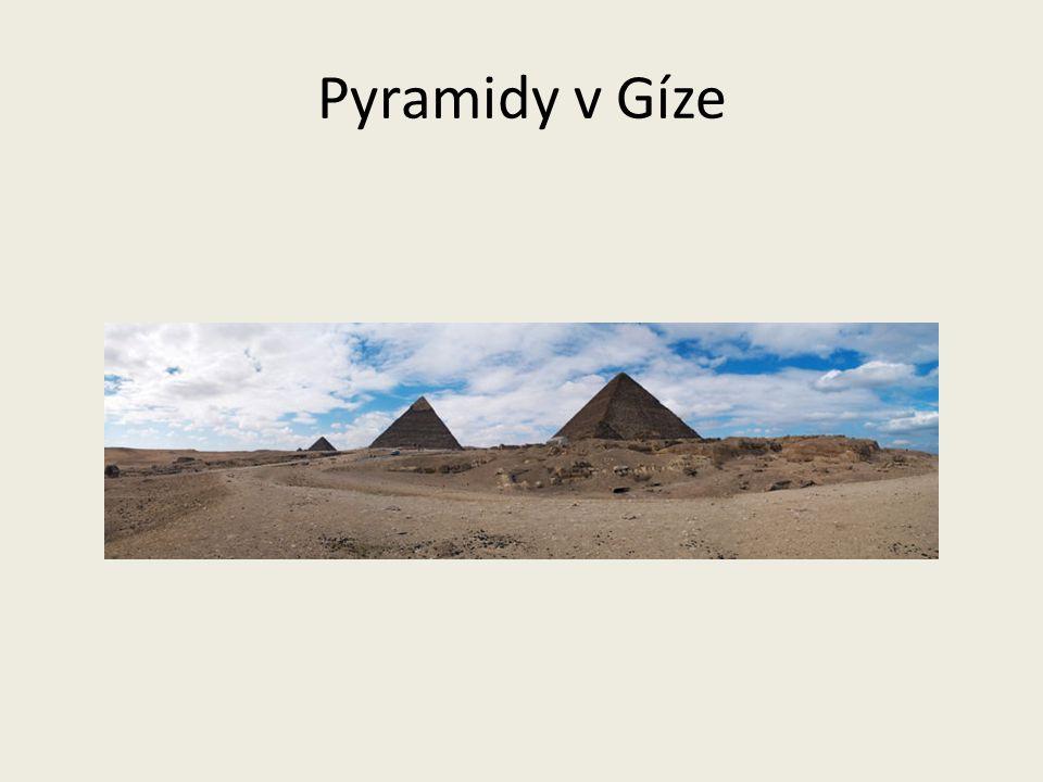 Z města Gízy jsou nejznámější a největší pyramidy Byly zařazeny mezi sedm divů světa Sfinga (stvoření s lidskou hlavou a lvím tělem) hlídá pyramidy v Gíze
