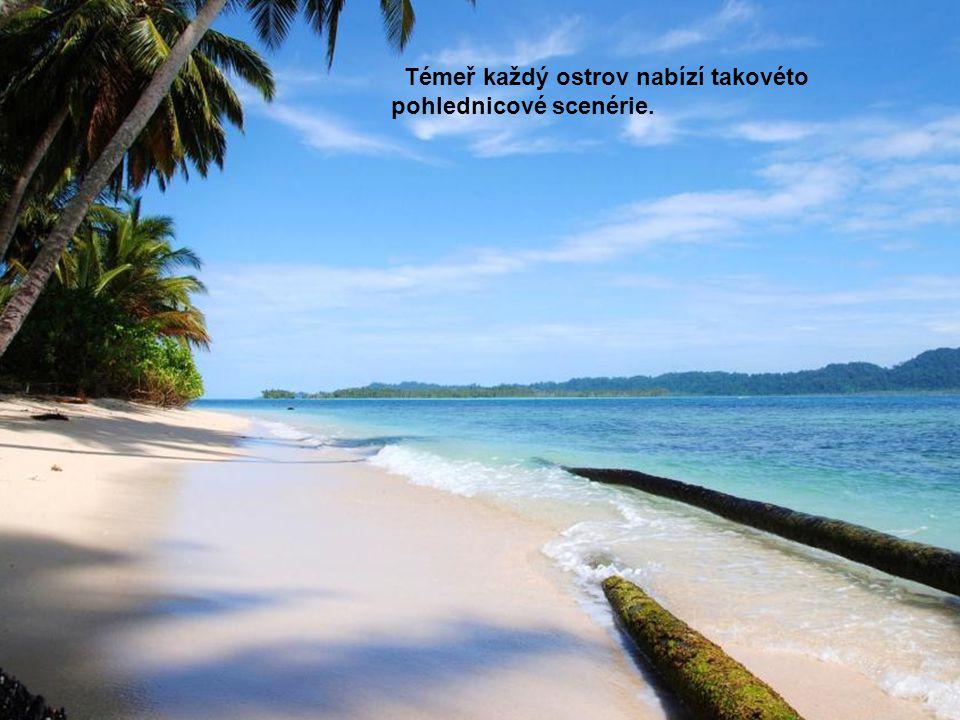 Témeř každý ostrov nabízí takovéto pohlednicové scenérie.