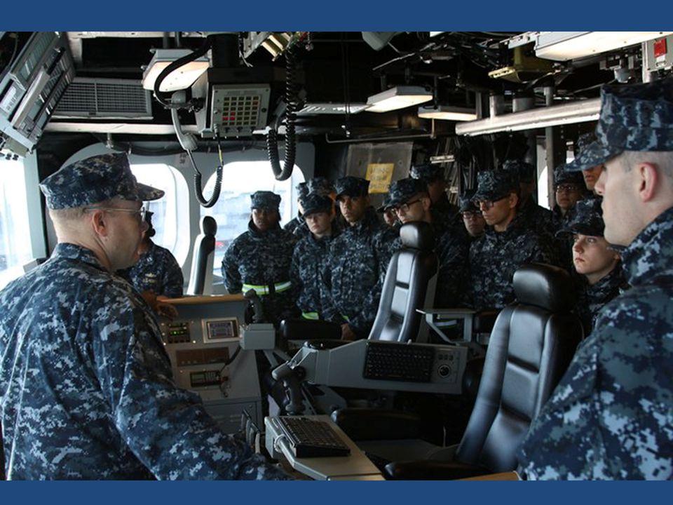 Nové technologie umenšují potřebu početné posádky.