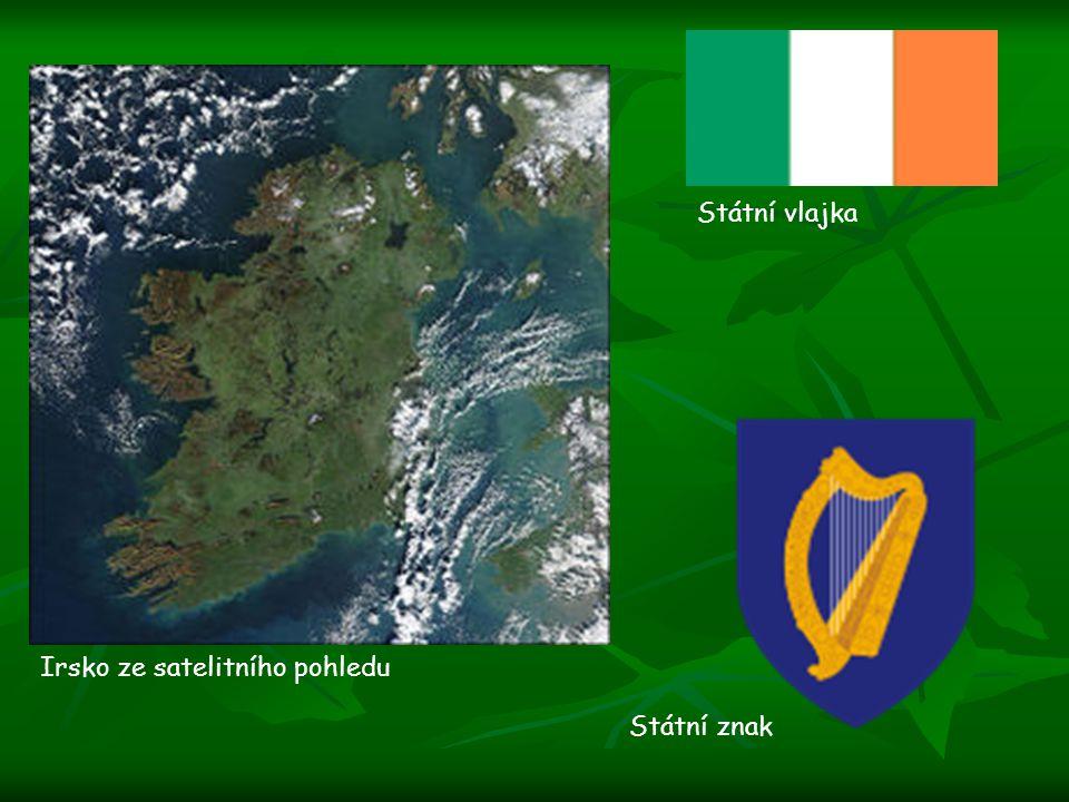 Irsko ze satelitního pohledu Státní vlajka Státní znak