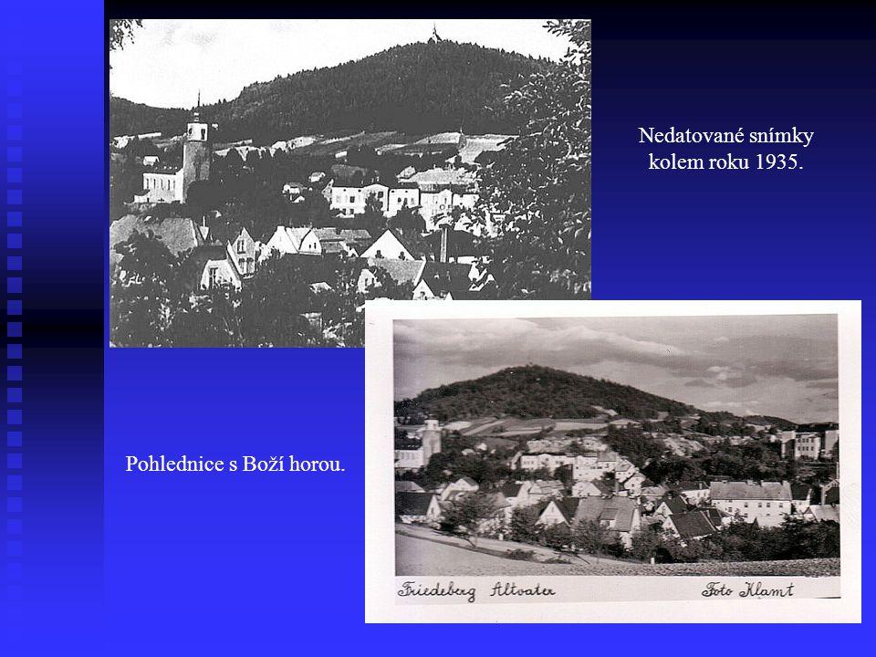 Nedatované snímky kolem roku 1935. Pohlednice s Boží horou.
