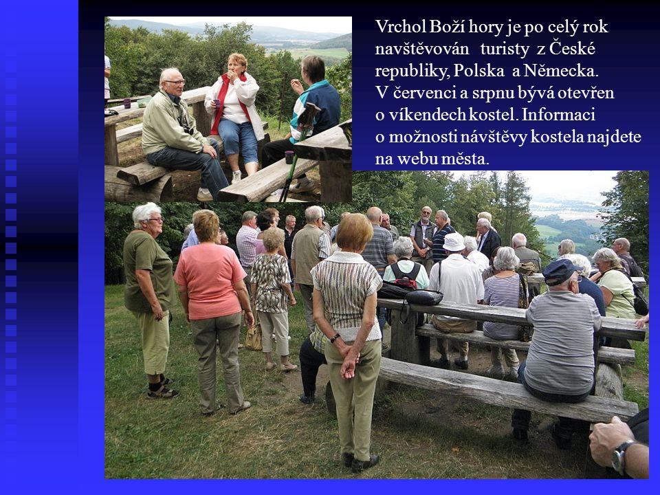 Vrchol Boží hory je po celý rok navštěvován turisty z České republiky, Polska a Německa. V červenci a srpnu bývá otevřen o víkendech kostel. Informaci