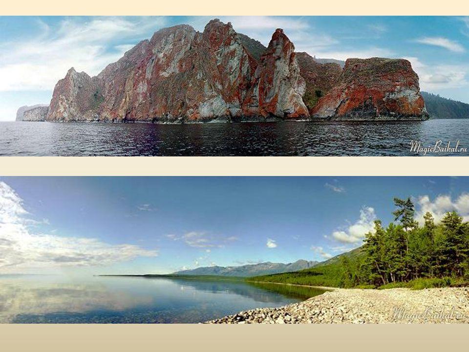 Z hlubin jezera vystupuje 30 ostrovů, největším z nich je Olchon. Písečná zátoka