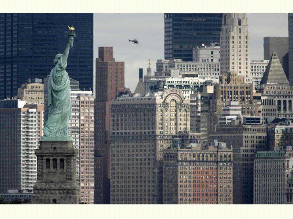 V současné době socha slouží jako hlavní turistická atrakce New Yorku, kterou ročně navštíví až 5 milionů lidí