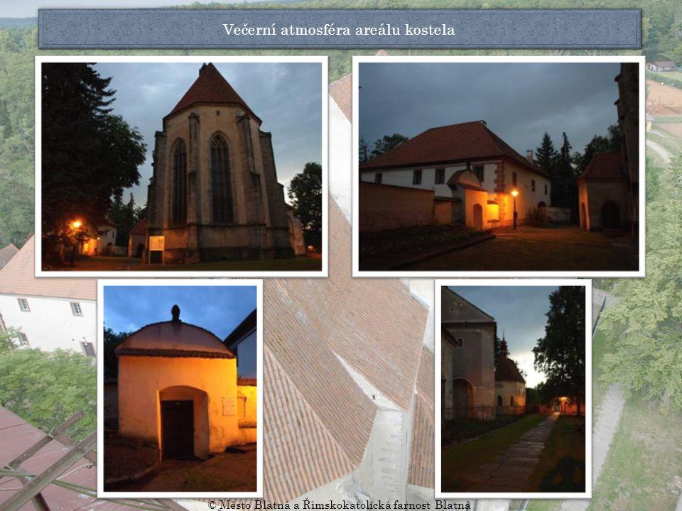 Kostel ze západní strany Plastika sv.Prokopa z roku 1732 Plastika sv.