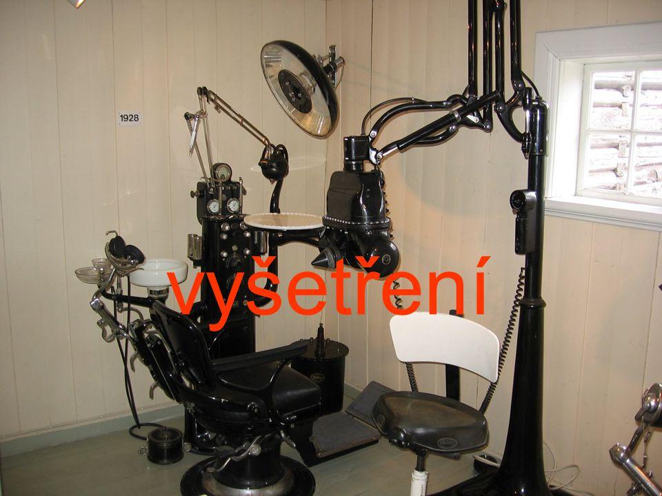 Čím? Parodontální sondou (s kalibrací) Vhodným mezizubním kartáčkem.