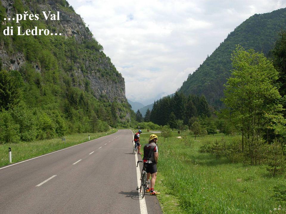 …přes Val di Ledro…