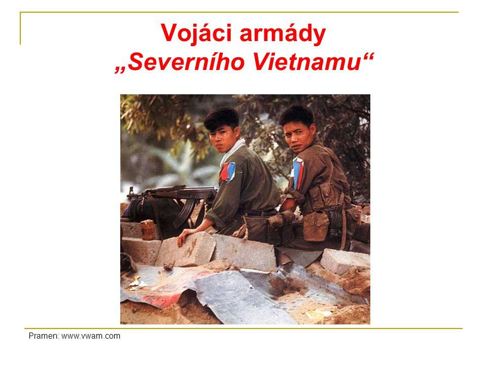 """Vojáci armády """"Severního Vietnamu Pramen: www.vwam.com"""
