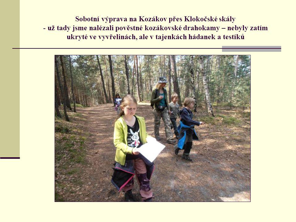 Sobotní výprava na Kozákov přes Klokočské skály - už tady jsme nalézali pověstné kozákovské drahokamy – nebyly zatím ukryté ve vyvřelinách, ale v tajenkách hádanek a testíků