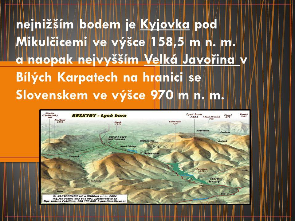 nejnižším bodem je Kyjovka pod Mikulčicemi ve výšce 158,5 m n. m. a naopak nejvyšším Velká Javořina v Bílých Karpatech na hranici se Slovenskem ve výš
