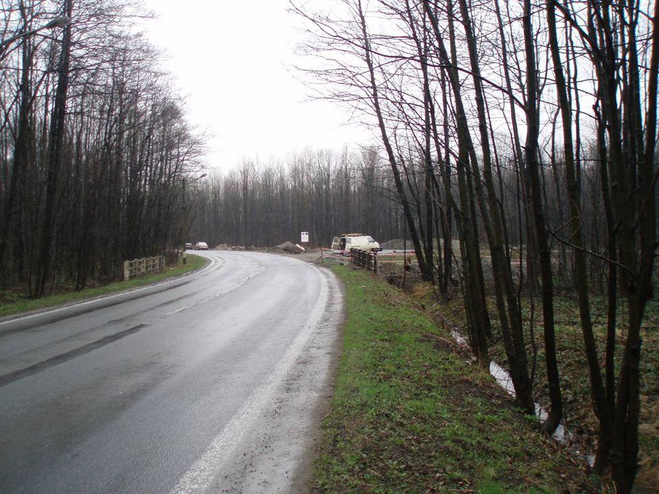 Uzavírka silnice II/476 Termín 1.4.2007 – 22.4.2007 Objízdná trasa vedena po silnici I/11 a II/468 (ul.