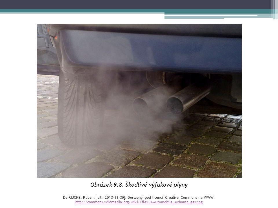 Obrázek 9.8. Škodlivé výfukové plyny De RIJCKE, Ruben.  cit. 2013-11-30 . Dostupný pod licencí Creative Commons na WWW: http://commons.wikimedia.org