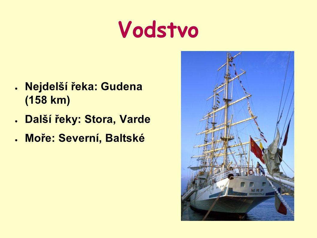 Vodstvo ● Nejdelší řeka: Gudena (158 km) ● Další řeky: Stora, Varde ● Moře: Severní, Baltské