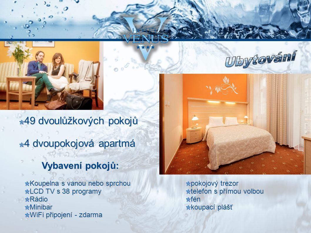 49 dvoulůžkových pokojů 49 dvoulůžkových pokojů 4 dvoupokojová apartmá Koupelna s vanou nebo sprchou LCD TV s 38 programy RádioMinibar WiFi připojení - zdarma pokojový trezor telefon s přímou volbou fén koupací plášť Vybavení pokojů: