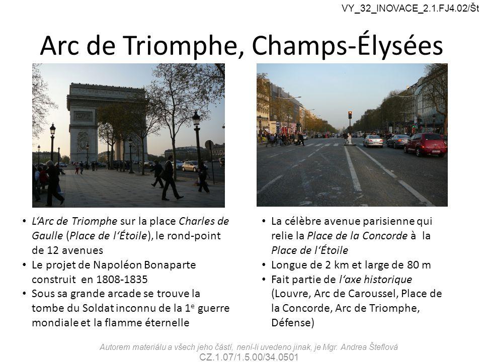 Arc de Triomphe, Champs-Élysées L'Arc de Triomphe sur la place Charles de Gaulle (Place de l'Étoile), le rond-point de 12 avenues Le projet de Napoléo